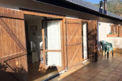 entrepinos villanua con terraza y garaje